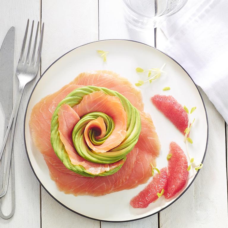 recette rose de saumon fumé et d'avocat