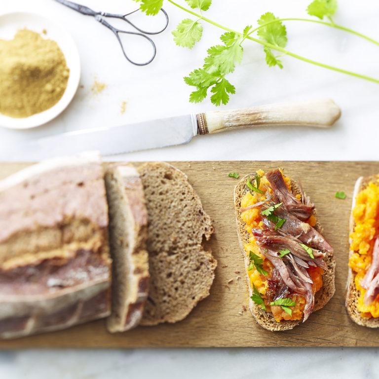 recette tartine de canard confit et écrasé de carotte cumion et coriandre